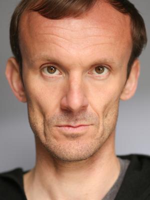 Simon Gibbons
