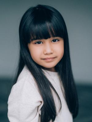 Isabella Tofangsazan andres, Child Actor