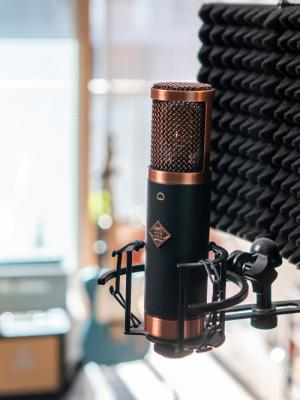 2021 One of my microphones! · By: Malcolm Targett
