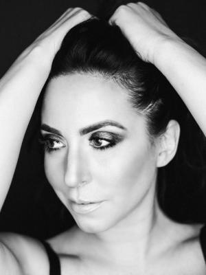 Danielle Alexandra, Singer