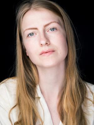 2021 Kirsti Heitmann headshot 3 · By: Nick Arthur Daniel