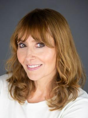 Fiona Carnegie