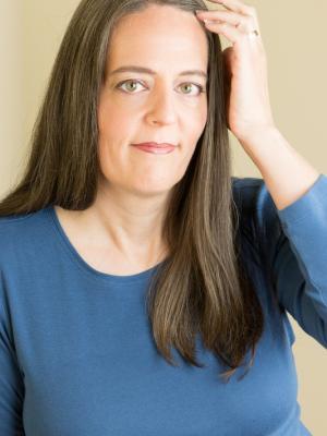 2021 Laura Holt Headshot · By: Margaret McCanna