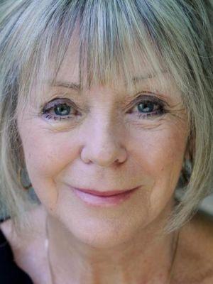 Carolyn Lyster