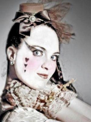 Victoria Armstrong