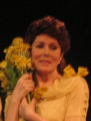 2006 Julie Bevan in THE GLASS MENAGERIE · By: Inhouse photographer of The English Theatre Hamburg