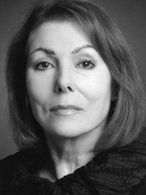 2006 Julie Bevan 5 · By: Dan Harwood-Stamper