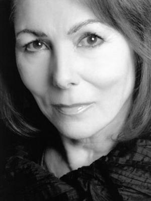 2006 Julie Bevan 6 · By: Dan Harwood-Stamper