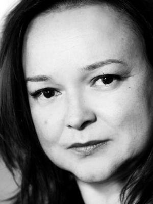 2013 Bilingual French English Actress · By: Sheila Burnett