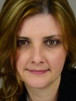Kate Cottam Headshot 2014