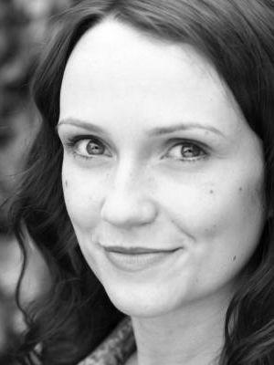 2014 Sarah Louise Greer 1 b+w · By: Jennie Scott