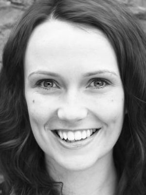 2014 Sarah Louise Greer 3 b+w · By: Jennie Scott