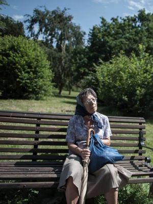 2014 Old Lady on Park Bench · By: Met Film School