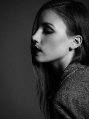 2014 Kate Byrne · By: Ondine