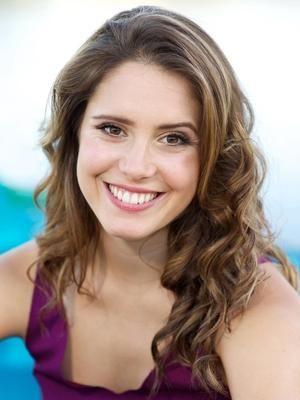 Simone Olsen-Varela
