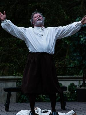 2014 As Lear on the RSC Dell Stage · By: Shakespeare Live