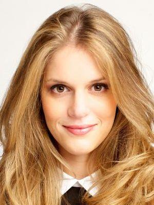 Caroline De Moraes