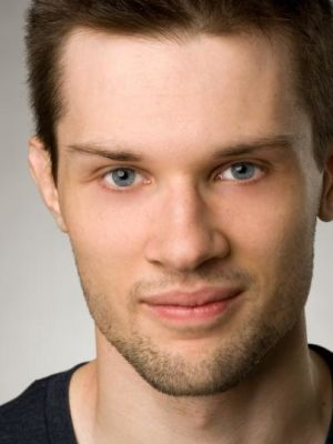 Rhys Hewlett