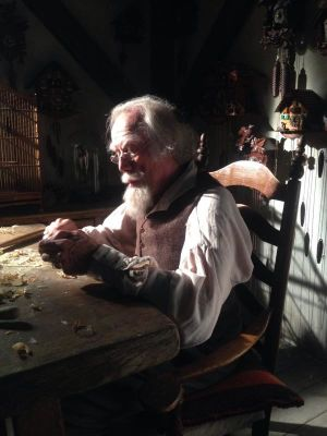 Cuckoo Man, Carl Warner video