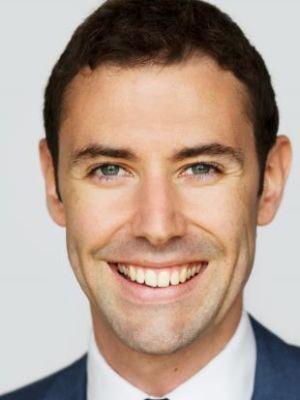 2015 Corporate Headshot August 2015 · By: Chris Mann