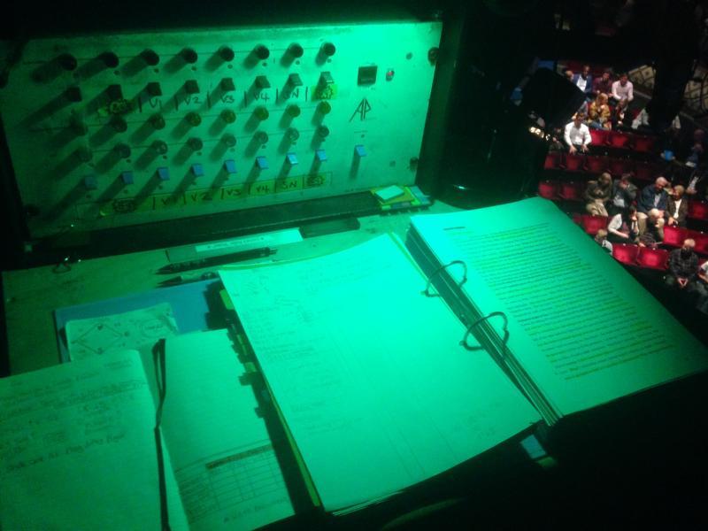 My green prompt desk!