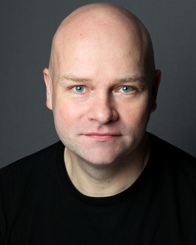 Daniel Osgood Headshot