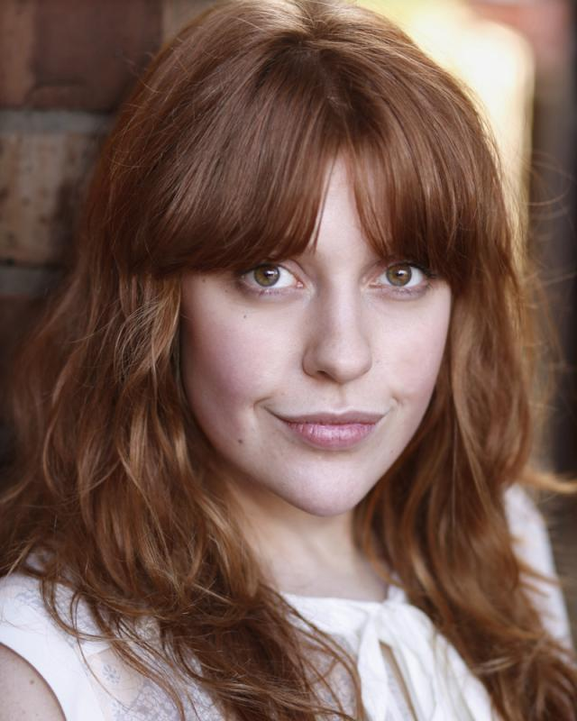 Amy Gavin Headshot