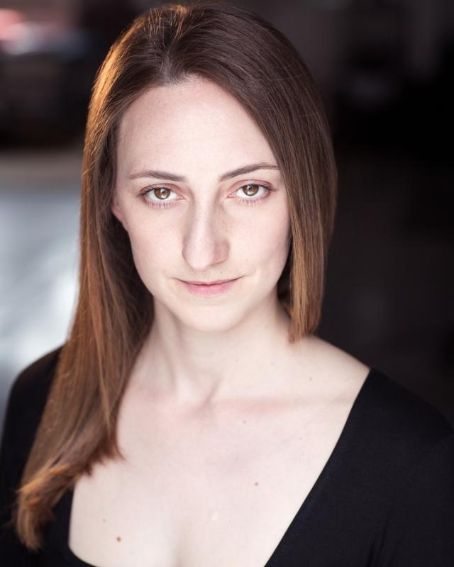 Tania Farrell Headshot