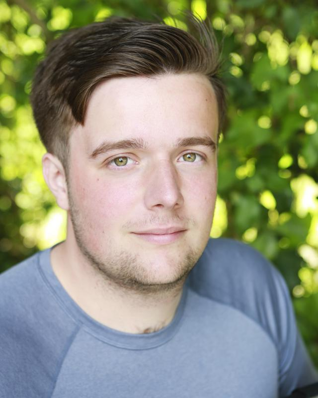 Oliver Wood Schauspieler