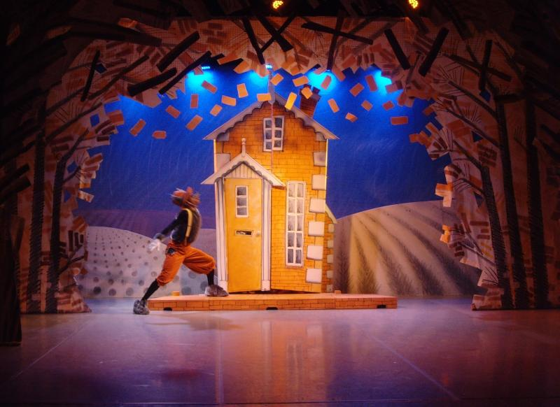 The Three Little Pigs. Northern Ballet