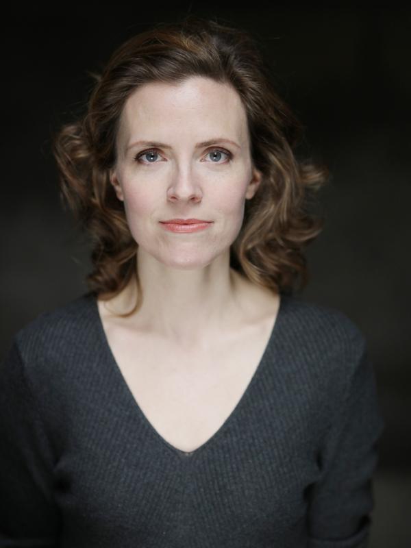 Anne Orvelin Headshot 4
