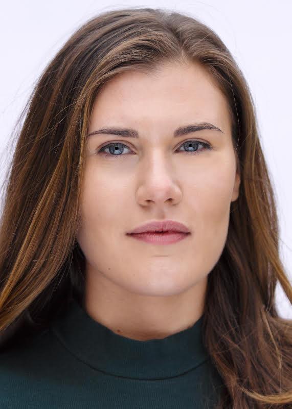 Alice Hickey - Headshot - Natural 2