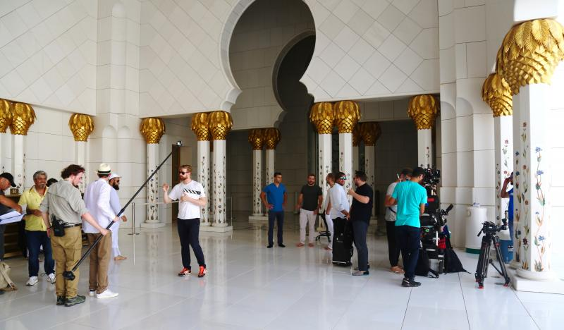 Abu Dhabi - On set