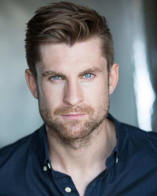 Mike Evans Actor London Uk