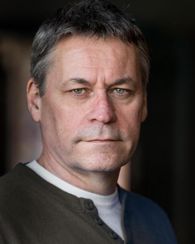 Tony Burden Headshot
