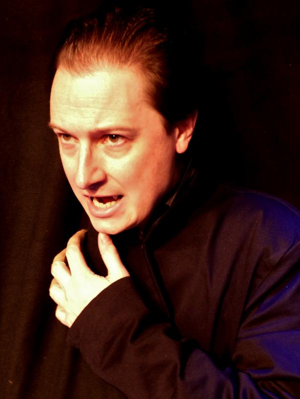 "Dracula in ""Dracula"" (TNT Theatre, European Tour)"