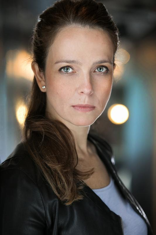 Elena Harding Nov 2017