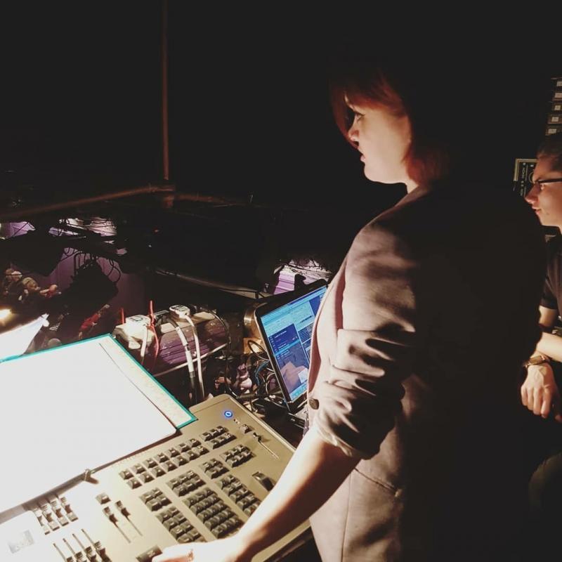 Rachel Operating Night at the Oscars