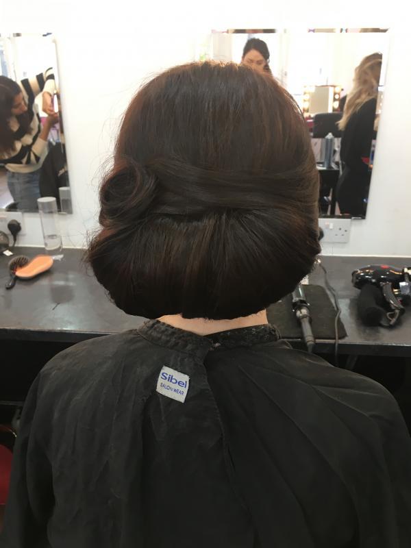 Melanie Ayres - Hair Styling