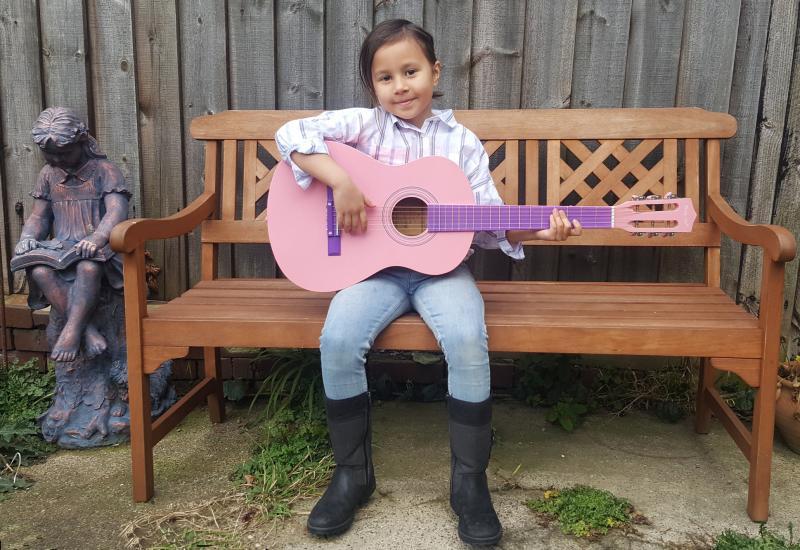 Danni and Guitar