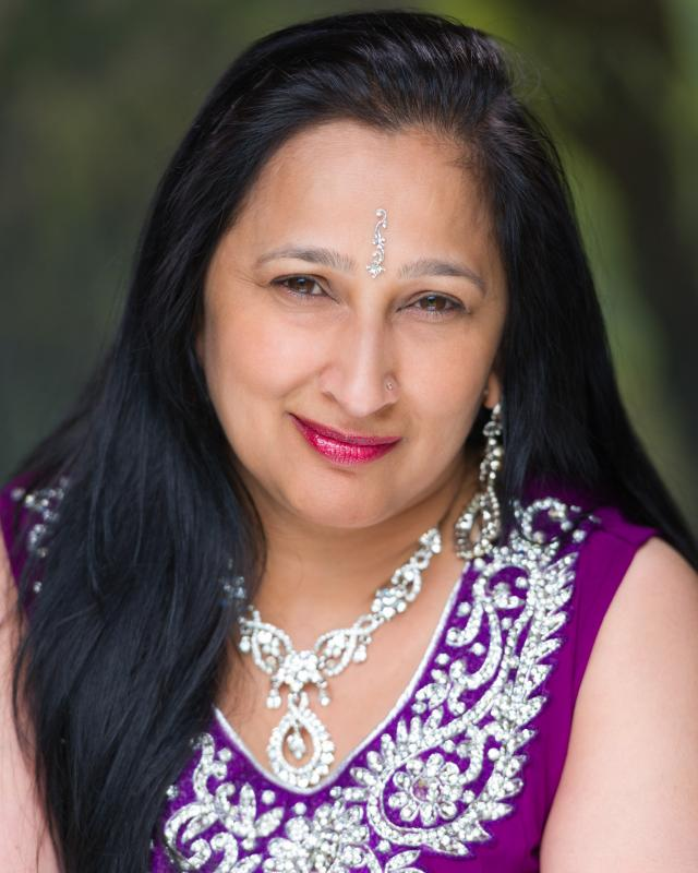 Sonal Dave - Actress - Traditional