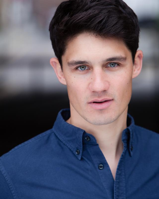 Hicky Web Series: Oliver Hayes, Actor, London