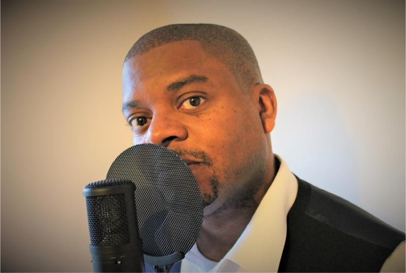 British Voiceover New Talent _ Duncan Lawrence