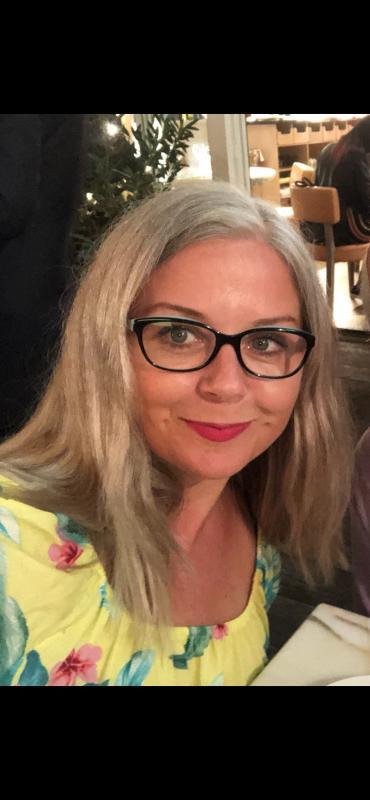 recent selfie - grey hair September 2018
