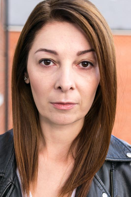 Cristina Neacsu headshot