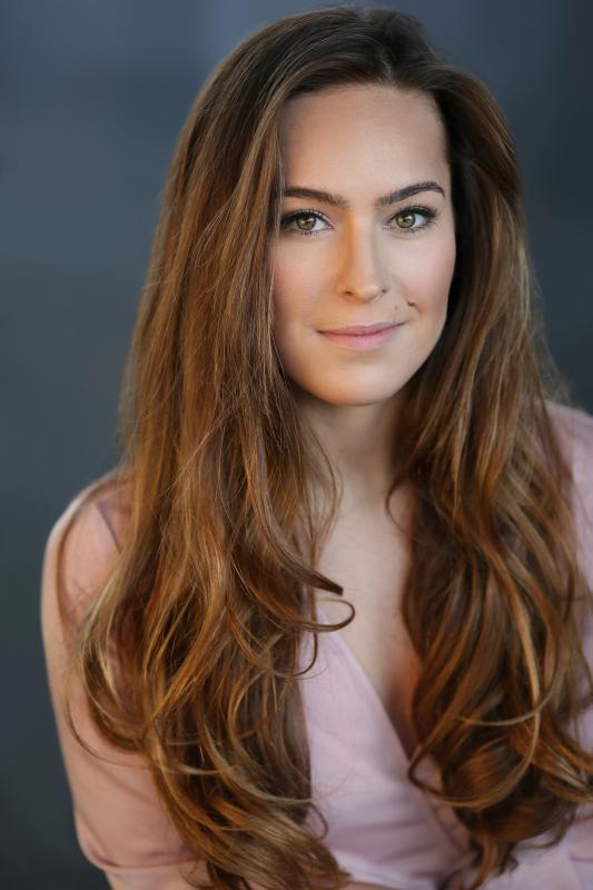 Sarah Spence Headshot