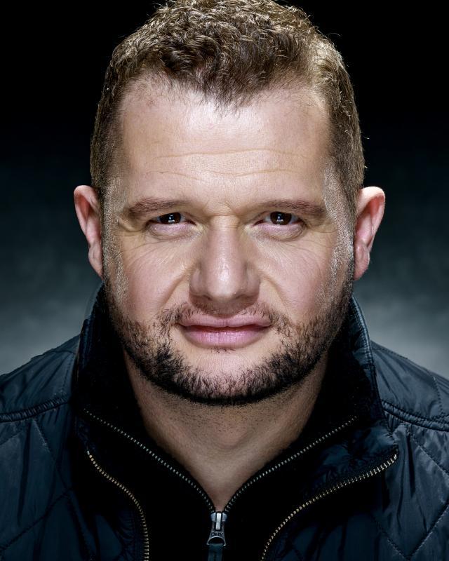 Craig-Carr-Actor-Headshot-2