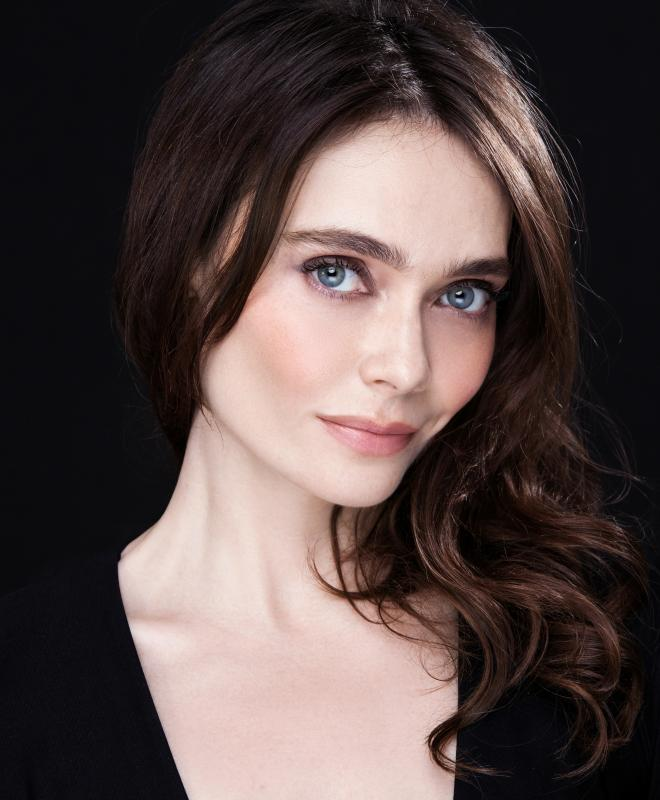 Anna Danshina headshot