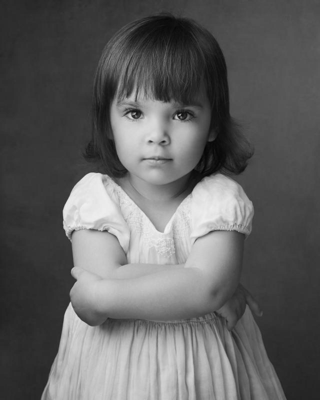 Isabelle (sister)
