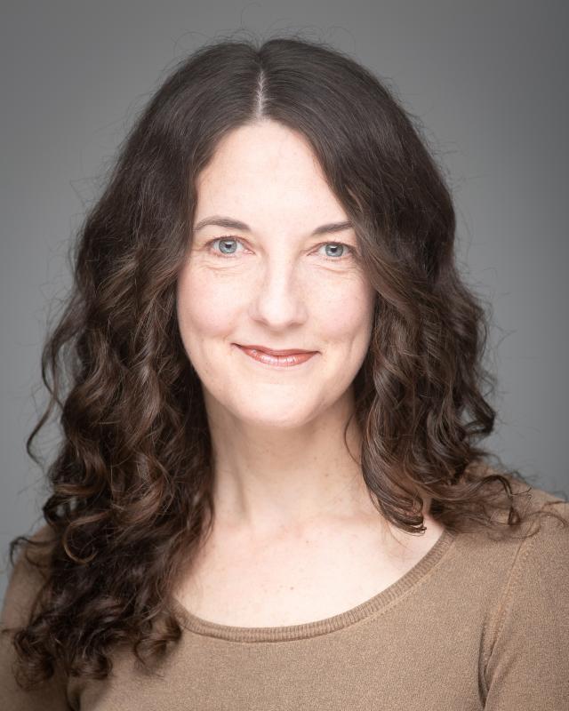 Sarah Gordon Headshot 2